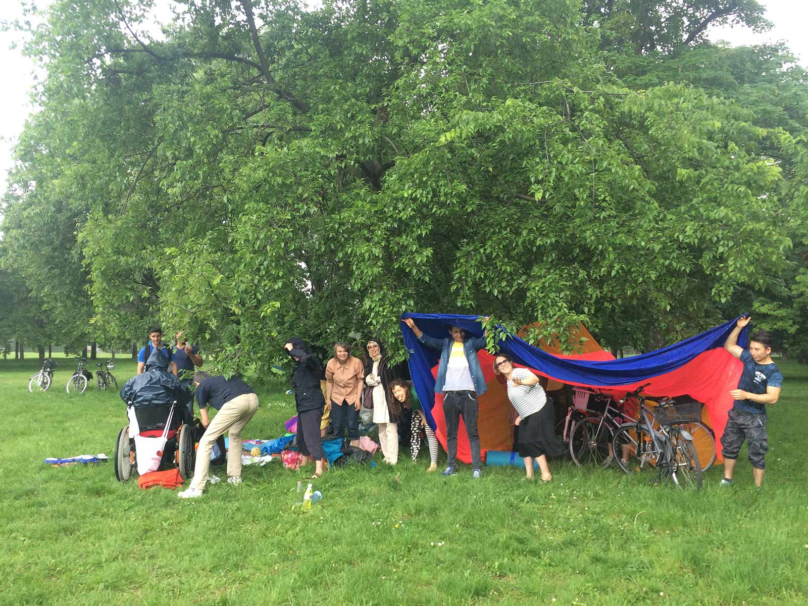 Station Wien Picknick Jesuitenwiese 2016